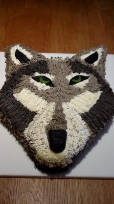 Novelty chocolate wolf cake