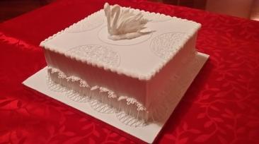 Royal iced fruit cake
